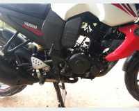 Motorbikes & Scooters - yamaha fzs 2012 in Peradeniya