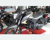 Motorbikes & Scooters - honda hornet double disc (12000/= විශේෂ මිල අඩුම කිරීමක් ) 2018 in Mirigama