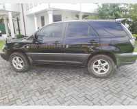 Cars - lexus rx300 2002 in Kuruwita